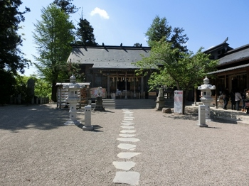 二柱神社7 (640x480).jpg